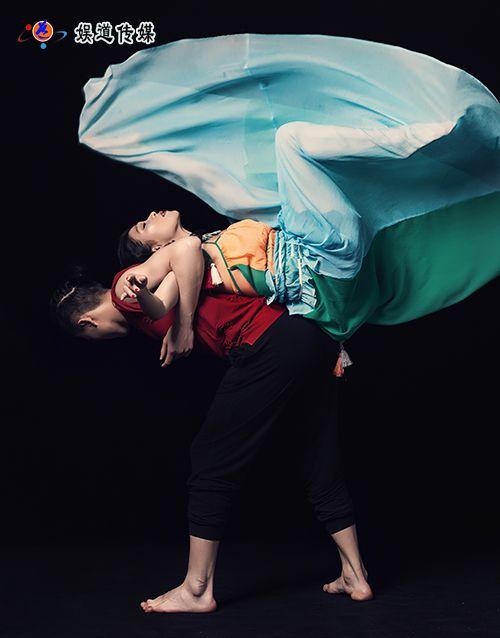 湖北籍舞蹈家夏冰